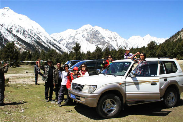 拉萨租车自驾游西藏大概要准备多少钱?